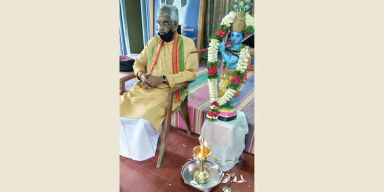 ബാലഗോകുലം സംസ്ഥാന വാര്ഷിക സമ്മേളനം പി. ഗോപാലന്കുട്ടി മാസ്റ്റര് ഉദ്ഘാടനം ചെയ്ത് സംസാരിക്കുന്നു.